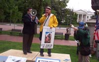 Scott Schaeffer-Duffy addresses a Darfur vigil in front of the White House