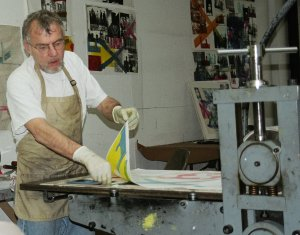Tom Lewis making a print