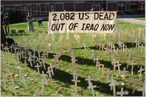 2,000 crosses at Clark University, Nov 18, 2005. Photo by Emma Klein.